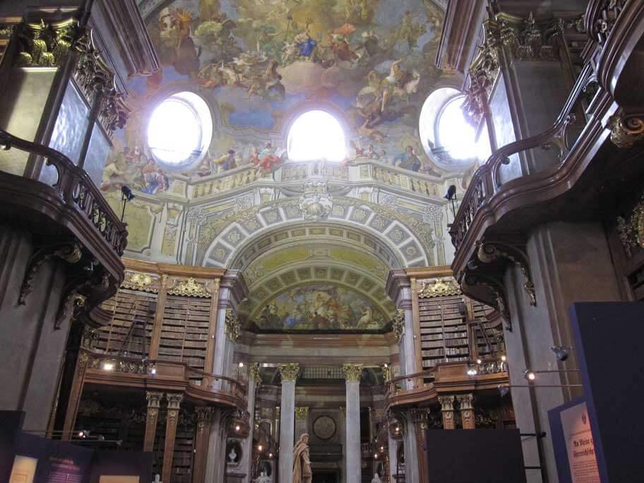 オーストリア国立図書館(プランクザール)