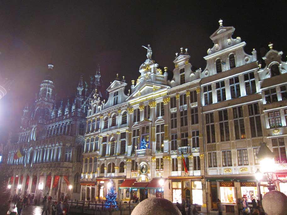 ブリュッセル,グラン・プラスの音と光のショー