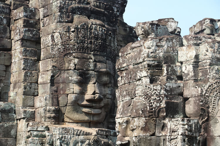 バイヨン寺院の人面像