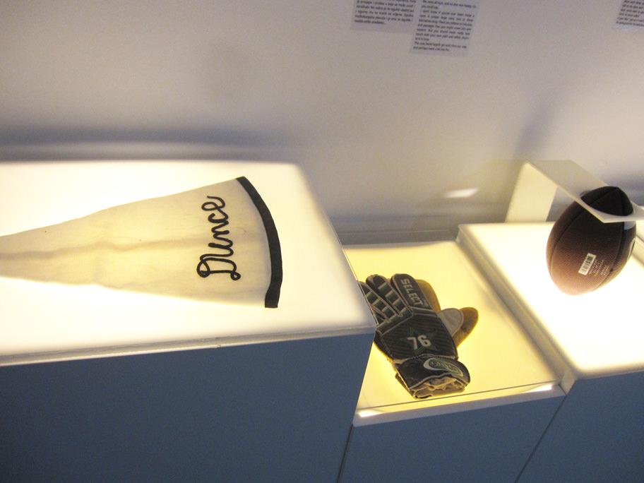 失恋博物館の展示品,スポーツ用品