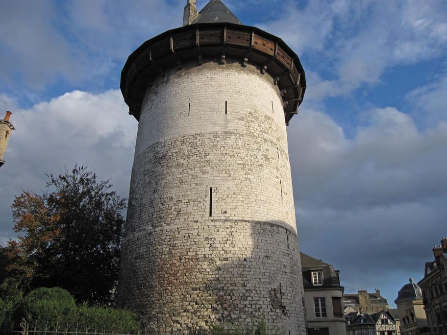 ジャンヌ・ダルクが幽閉されていた塔