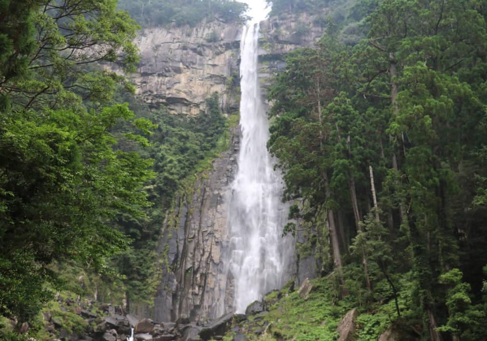 那智の滝は飛瀧神社のご神体!日本三大名滝の一つでもある