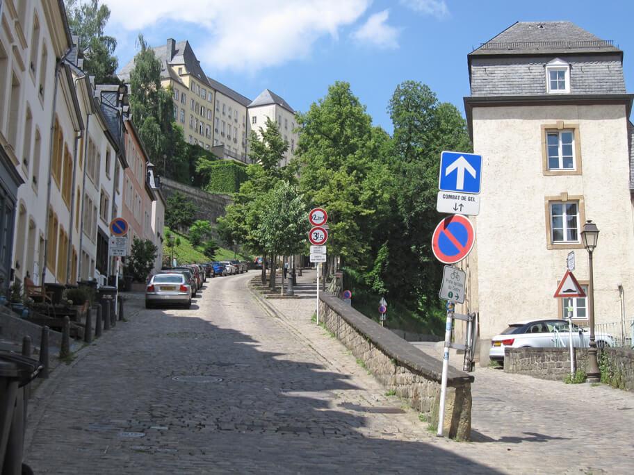 ルクセンブルクの古い街並み